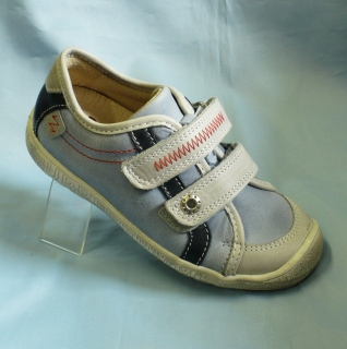 846080db51 Chlapecké botasky na suchý zip empty